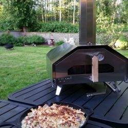 Uuni Outdoor Pizza Oven with Fettuccini